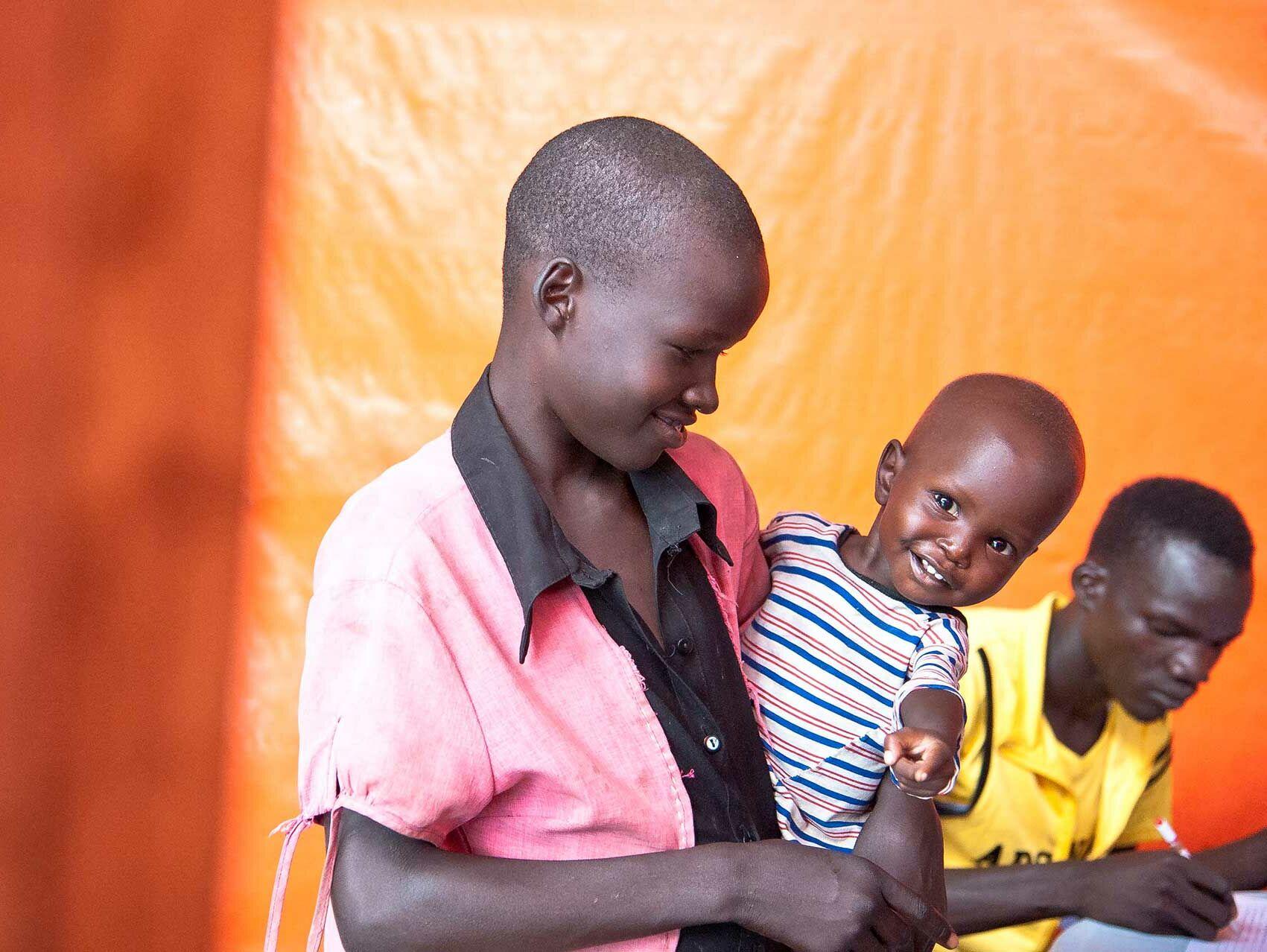 Flüchtlinge Fressen Kind
